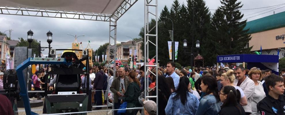 Fly-Motion, день города Альметьевск 65 лет
